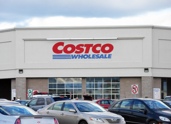 Costco How to make club store packaging, displays and shipper trays more effective in the retail environment.